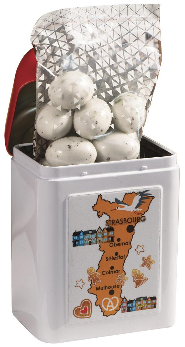 boîte cadeau borne Alsace avec bonbons à l'intérieur